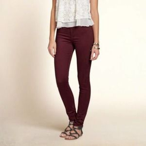 Hollister High Rise Super Skinny Jeans Maroon 1R